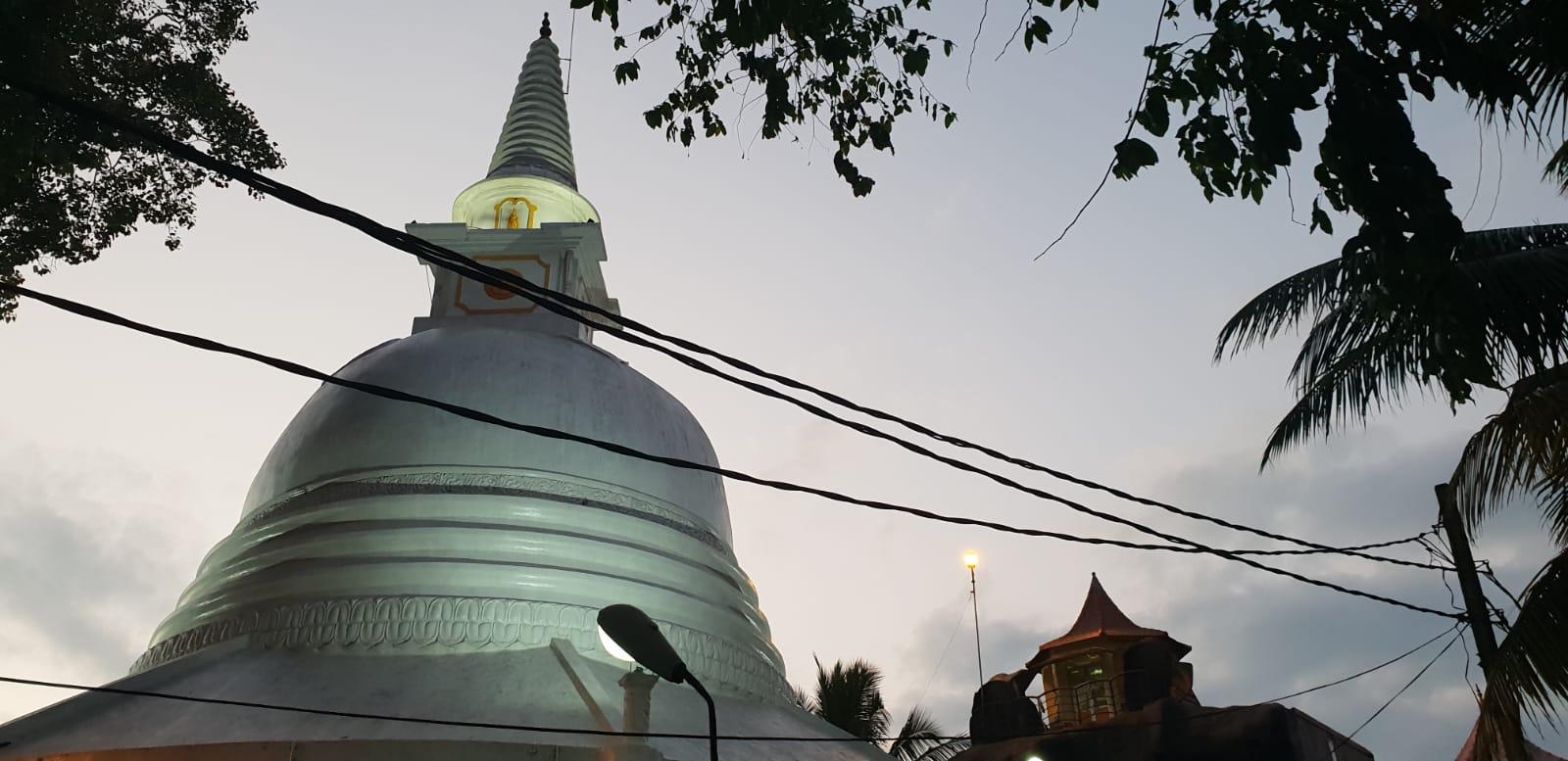 sri lanka authentique stupa bouddhiste